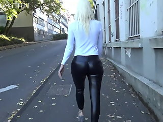 cumkitten, lara, spermawalk, leggingswalk, ,
