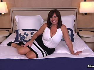 busty, thick, cougar, milf, loves, cock
